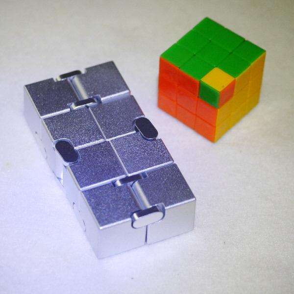無限キューブ